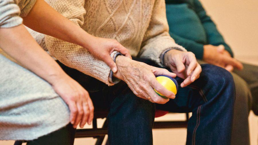Стани приятел на човек с деменция